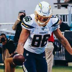 Hunter Henry Gets Chargers Franchise Tag