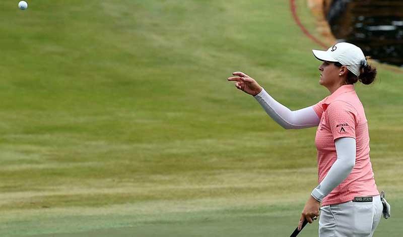 McDonald Holds Slim Lead in LPGA Drive On Championship